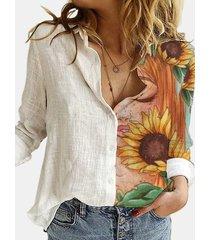 camicetta a maniche lunghe con bottoni e colletto con risvolto stampato floreale del fumetto