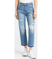 jeansy z ozdobnymi przetarciami model relaxed