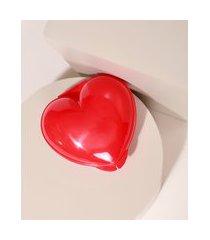 pote plástico em formato de coração vermelho