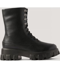 na-kd shoes chunky boots med snörning i skaften - black