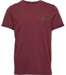 piece t-shirt t-shirts short-sleeved röd les deux