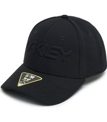 gorra oakley 6 panel stretch embossed