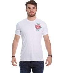 camiseta javali branca flor bordada