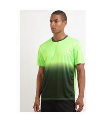 camiseta masculina esporte ace futebol estampada degradê manga curta gola careca verde