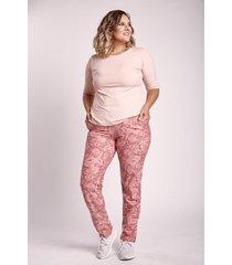 pantalón rosa aptitud