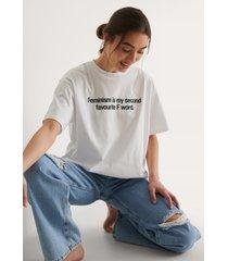 na-kd ekologisk woman's day t-shirt - white
