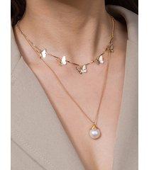 collar en capas con colgante de mariposa dorada y perlas de imitación de 1 pieza