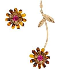 betsey johnson tortoise daisy mismatch earrings