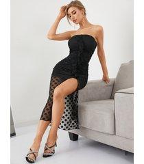 vestido largo de malla con ribete de volantes y lunares con top de tubo de yoins