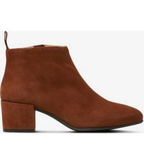 boots friannah low