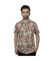 camisa estampada camaleão urbano propaganda vintage bege