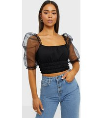 nly one flirty puff top t-shirts