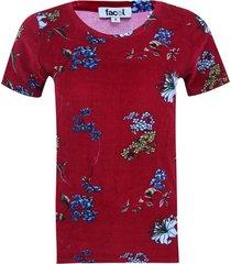 camiseta estampado floral color vino, talla 6