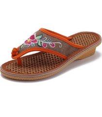 pantofole piatte in fibra di palma con punta ricamata a fiore