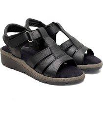 sandalia de cuero negra valentia calzados brenda 308