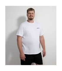 camiseta manga curta em algodão estampa flamingo pink holidays - plus size   ripping   branco   g1