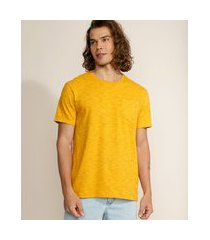 camiseta masculina básica com bolso manga curta gola careca mostarda