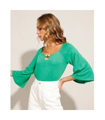 blusa ampla com miçangas manga 3/4 decote v verde