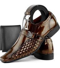1befe4fe26 Sapatos - Em Verniz - Marrom - 222 produtos com até 53.0% OFF - Jak&Jil