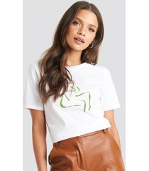 na-kd female form t-shirt - white