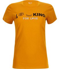 camiseta looking for love color amarillo, talla l