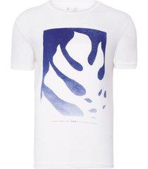 t-shirt masculina natureza azul - branco