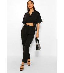 setje van hemdje in kimono-sijl met strik aan de voorkant en broek, zwart