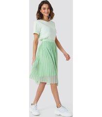 na-kd midi pleated skirt - green
