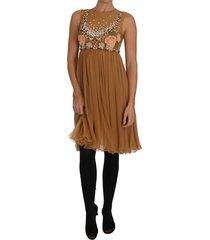 a-line gown dress