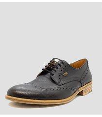 zapato negro pato pampa cuero floater con recorte