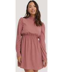 na-kd party high neck ls mini dress - pink