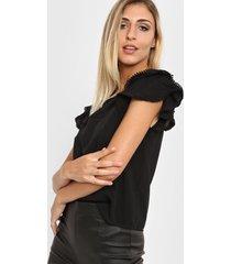 blusa negra nano pia