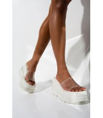 akira cape robbin jump around flatform sandal slide