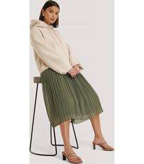 na-kd pleated midi skirt - green