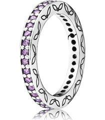 anel de prata com zircônia cúbica lavanda