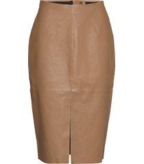 stretch leather - nyx knälång kjol brun sand