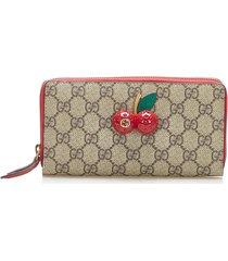 gucci gg supreme cherry zip around wallet brown, beige, red sz: