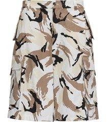 camouflage cotton cargo shorts
