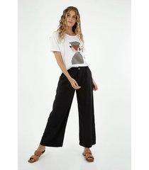 pantalón de mujer, silueta amplia de bota recta, color negro
