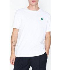 wood wood ace t-shirt t-shirts & linnen bright white