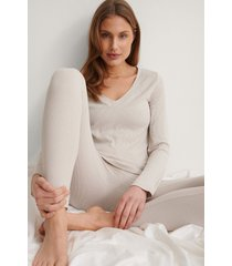 na-kd lingerie återvunnen mjukt ribbstickad topp med v-ringning - offwhite