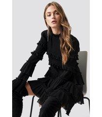 na-kd party high neck layered mini dress - black