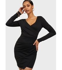 nly one long sleeve wrap dress fodralklänningar