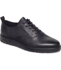 bella snörade skor låga svart ecco