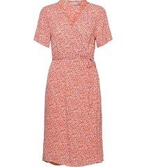 fralcrinkle 2 dress knälång klänning rosa fransa