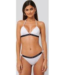 tommy hilfiger cheeky bikiniunderdel med knytning i sidan - white