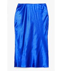 womens slipped my mind satin midi skirt - cobalt