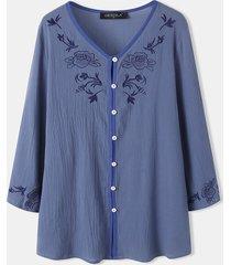 camicetta casual in cotone con scollo a v e tasca con bottoni ricamati a fiori per donna
