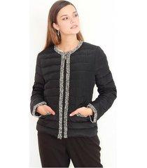 chaqueta color negro manga larga de botones delanteros, cuello redondo color-negro-talla-m
