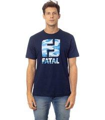 camiseta fatal estampada logo azul marinho